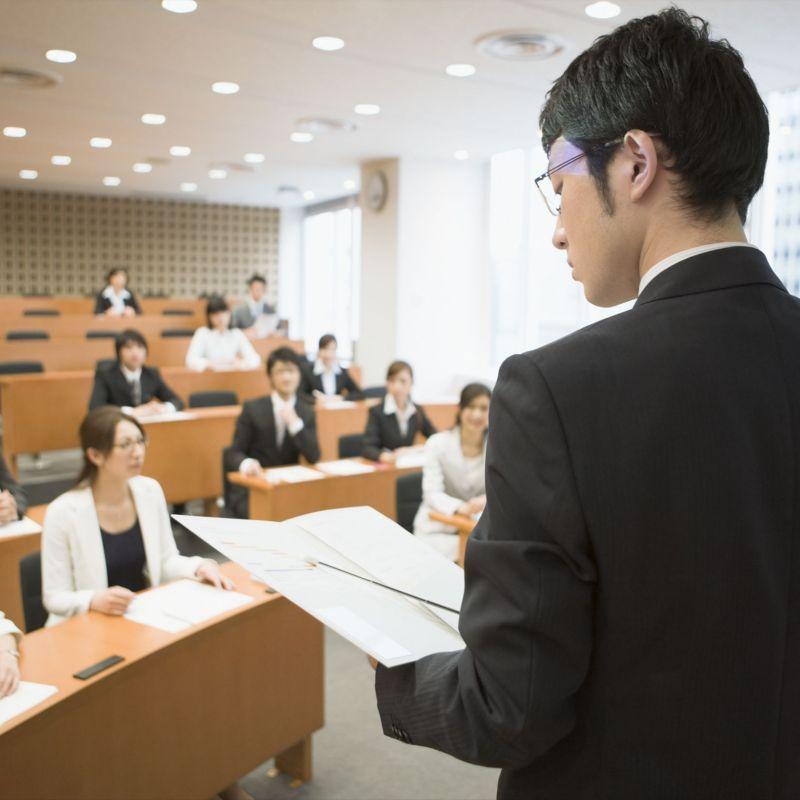 深圳公务员面试备考:答题要绕开的语言表达禁忌